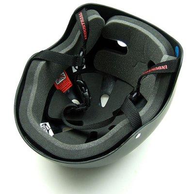 画像1: Industrial社製スケートボード用ヘルメット